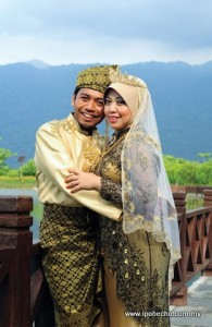 Rosli Mansor and Nurul Sarah wedding